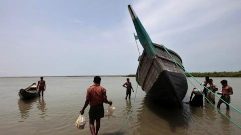 81 Bangladesh fishermen missing in the wake of Cyclone Mora