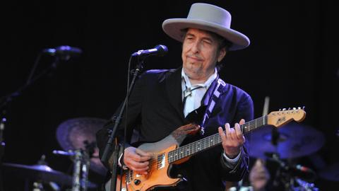 Bob Dylan drops first original music in nearly a decade