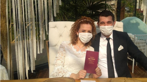 'To wed or not to wed?': A difficult decision to make in a pandemic