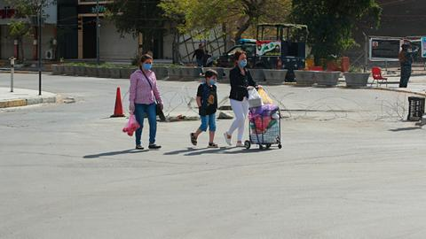 Iraqis rally to help needy families as virus hits, economy falters
