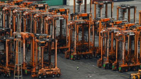 Dockers' dispute hits Spanish ports