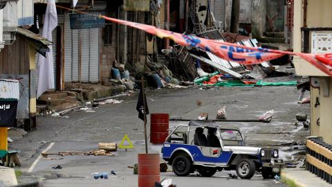 Philippine troops discover $1.6M abandoned by militants fleeing Marawi