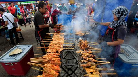Muslim businesses in a fix ahead of Ramadan 2020 amid coronavirus lockdown