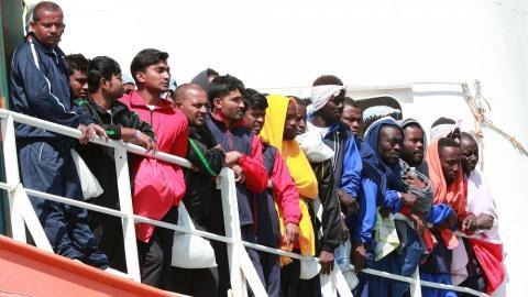 More than 900 migrants rescued off Libya coast