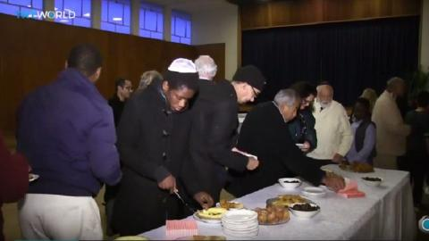 Muslims and Jews share meals at Cape Town Ramadan gathering