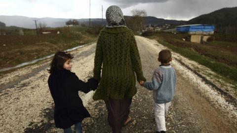 Turkey allows refugees to return to Syria for Ramadan