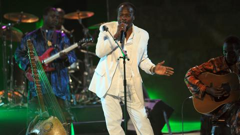 Guinean singer Mory Kante, part of 1980s African wave, dead