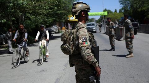 Afghan official: Taliban fighters 'at gates of' northern Kunduz city