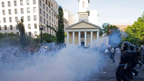 Protesters of #BlackLivesMatter tear gassed in Washington