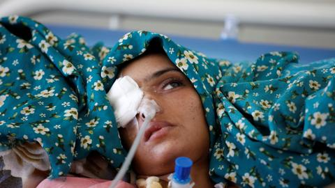 Yemeni women will die as UN cuts maternity services - aid workers