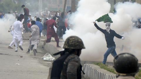 Grim Eid in Kashmir as protests erupt against Indian rule