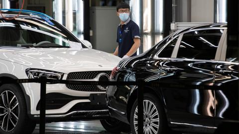 Mercedes to recall at least 660,000 vehicles in China