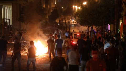 Police clash with protestors enraged by explosion in Lebanon