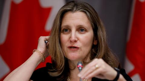 Canada to hit US aluminium with $2.7 bln counter-tariffs