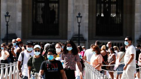 France makes masks mandatory outdoors – latest updates