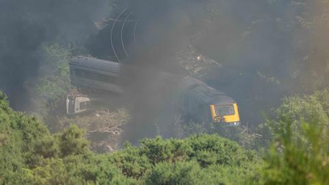 Casualties as passenger train derails in Scotland