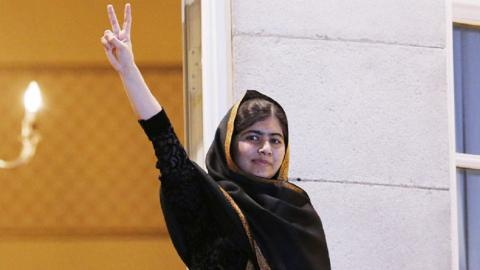 Malala celebrates her graduation with her first tweet