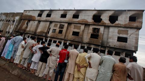 Pakistani court sentences two to death over deadly 2012 factory arson