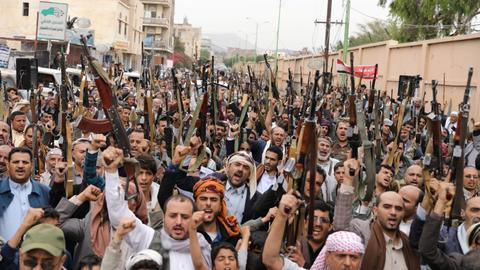 Why are the Houthis open for talks with the Saudi-led coalition?