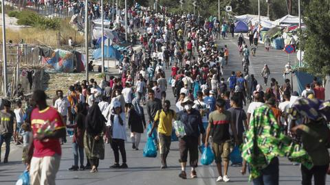World tolerance for migrants on decline