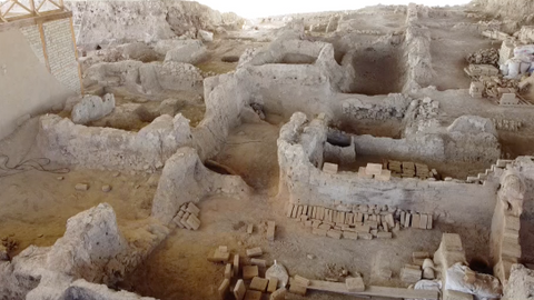 Four-thousand-year-old textile mill unearthed in western Turkey