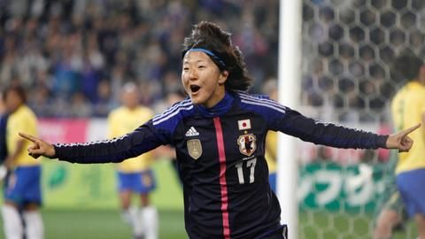 Japanese female football star Yuki Nagasato joins men's team