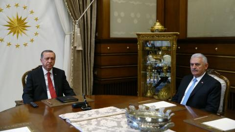 Turkey's prime minister reshuffles cabinet