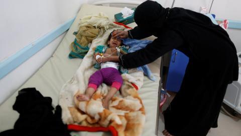 Yemen crisis: Cholera spreads in war-torn country