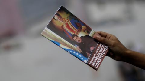 Venezuela crisis enters pivotal week amid protests