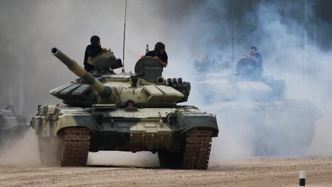Azerbaijan inflicts heavy losses on Armenian army, closes in on key town