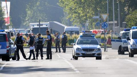 Shooting at German night club leaves at least two dead
