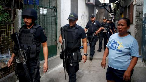 Filipino mayor killed during raid