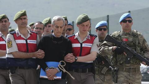 Accused coup plotters stand trial in Ankara