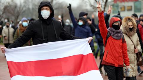 Thousands march for 'free and fair' Belarus in Minsk