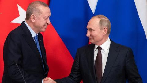 Erdogan, Putin discuss Karabakh as Azerbaijani army takes over Kalbajar