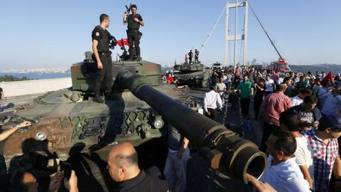 Turkish court hands life sentences to FETO members over 2016 coup attempt