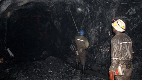 Dozens trapped after collapse of mine shaft in Zimbabwe