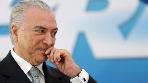 Congress vote keeps Temer safe from bribery trial in top court