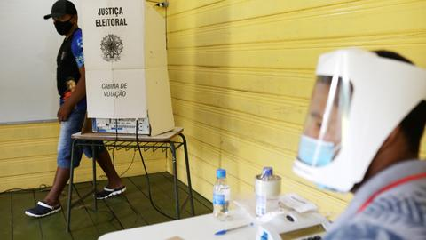 Centre-right mayor beats socialist as Brazil voters elect mayors
