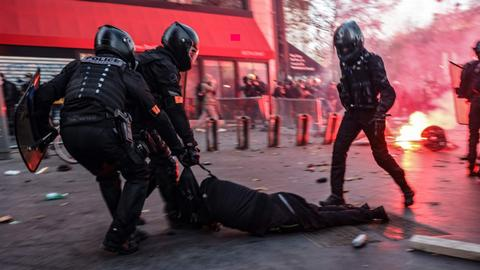 France to 'rewrite' controversial police bill after protests