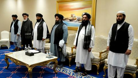 US envoy: Afghan govt, Taliban sign deal to move peace talks forward