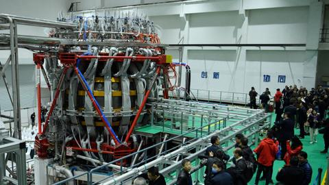 China switches on 'artificial sun' nuclear reactor