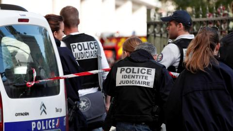 French police shoot and arrest suspect over car attack