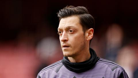Mesut Ozil considers move to Turkey or US as Arsenal exit nears