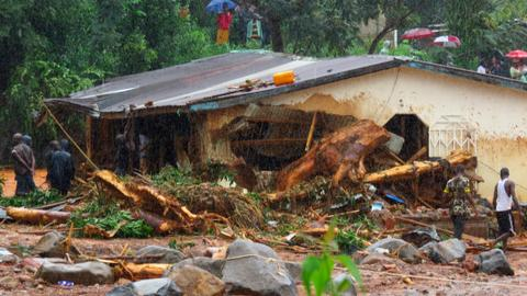 As Sierra Leone death toll hits 300, President Koroma appeals for help