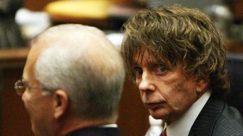 Music producer and convicted murderer Phil Spector dead at 81