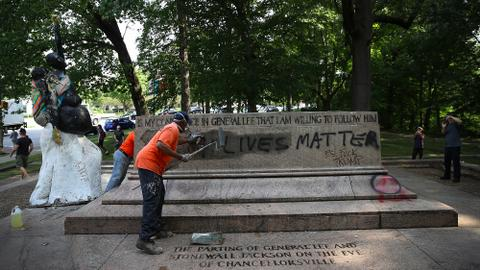 Baltimore removes four Confederate monuments citing public safety