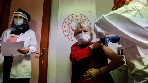 Turkey vaccinates over 1M people against virus in first week of campaign