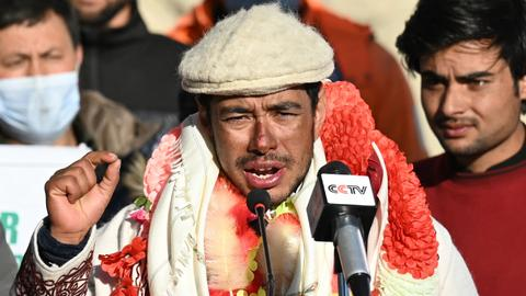 Nepali climbers overcome 'treacherous' conditions to make history on K2