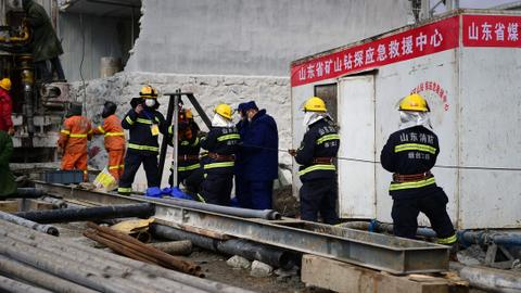 Chinese miners may remain trapped for more than two weeks